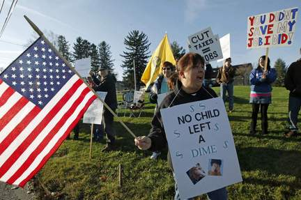 tea party Tea Party more popular than Republicans or Democrats