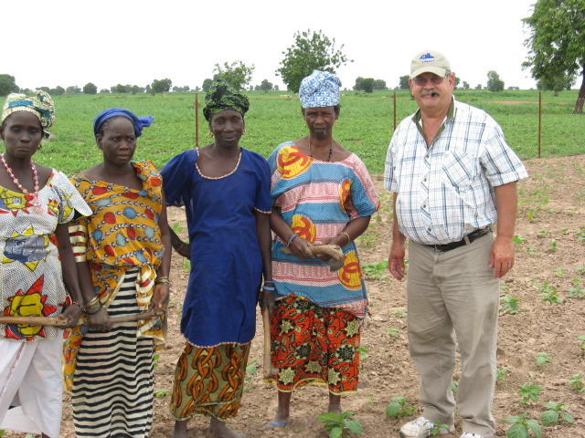 Teske in senegal A Kansas Farmer goes to Africa
